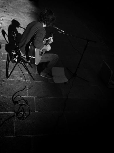 Music Xfactor Blackandwhite Photography Monochromatic Mobilephotography Monochrome Mobile Photography Streetphotography Love ♥ Urbanphotography EyeEm Best Shots - Black + White Streetphoto_bw Urban Photography Woman Black & White EyeEm IPhone Milan,Italy Men Milano Light And Shadow Love Blackandwhite Black And White Photography Black And White