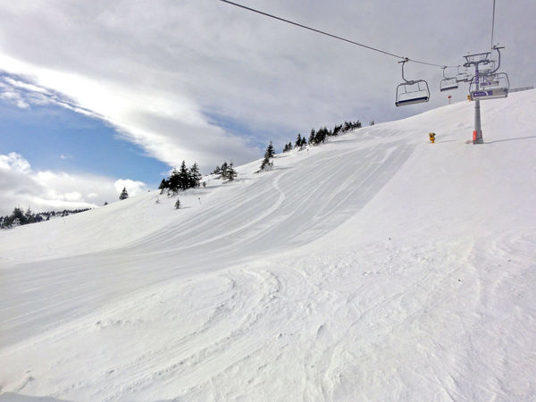 Ski lift and perfect slope Cold Temperature Day Leisure Activity Outdoors Ski Lift Ski Slope Snow Winter Winter Holidays