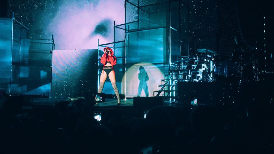 Halsey was SO amazing tonight. Halsey Concert Concert Photography Awesome Performance Enjoying Myself Music Enjoying Life Check This Out