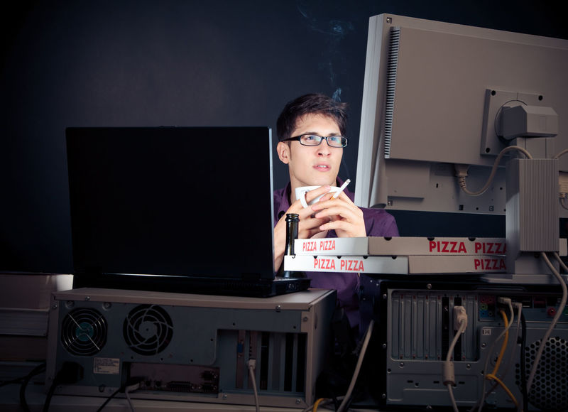 Admin worrking late at night City Dark Nerd Working Admin Administrator Computer Expertise Eyeglasses  Indoors  Job Men Night One Person Only Men People Real People Stressed Technology Working Late Working Overtime Young Adult