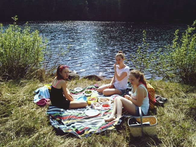 Picnic with 3 cuties! Summerfeelings Enjoying Life Hanging Out Sweden