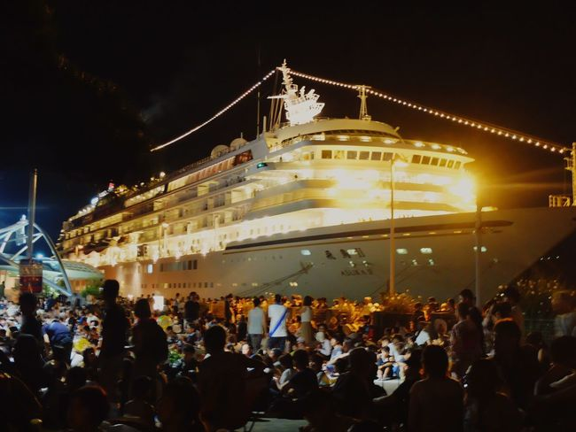 Large Group Of People Crowd Night Real People Illuminated Arts Culture And Entertainment Enjoyment Women Men Music Performance Event Lifestyles Leisure Activity Stage - Performance Space Built Structure Architecture Outdoors Togetherness Audience 高松 花火 花火大会 香川