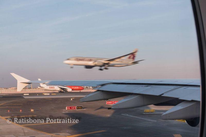 Planespotting Planes A380 Dreamliner Landing DBX Dubai Airport Traffic