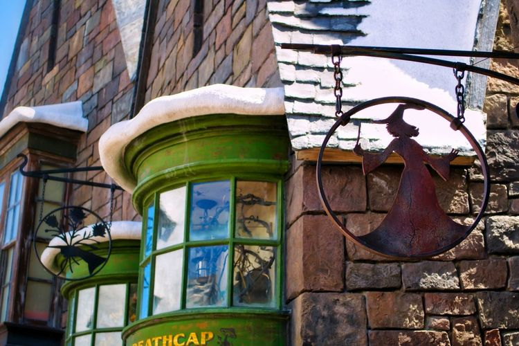 Building Exterior Built Structure Outdoors Winter Wintertime Snow❄⛄ Snow Wizarding World Of Harry Potter USAtrip Orlando Florida Fantasy Adventure Travel Architecture Wizard Miracle Street Photography Vintage Style Architecture Giftshop Tourism Travel Photography