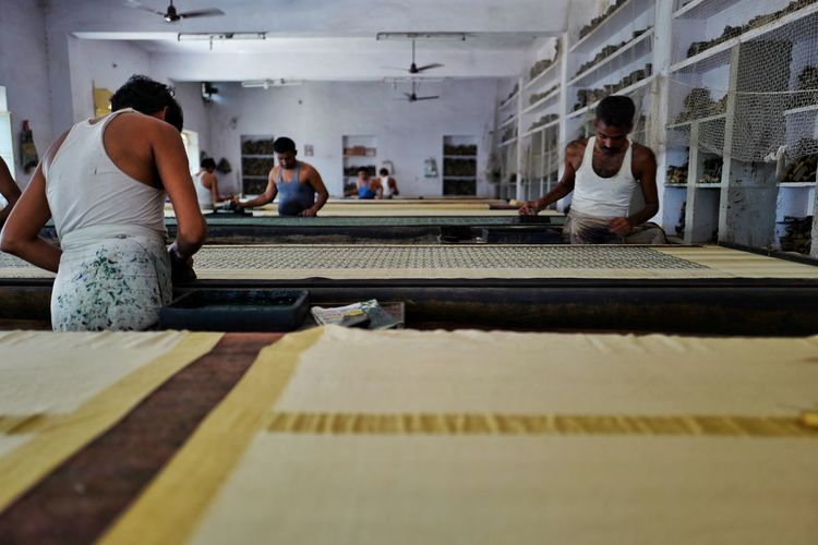 Block Block Printers Block Printing Cotton Textile Handmade India Indiapictures Rajasthan Beauty Rajasthan Jaipur Rajasthan_diaries Rajasthani Rajasthani Culture Rajasthantrip Textile Art Textile Design Textiles Textures And Surfaces Tradtion