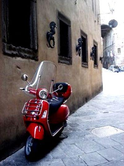 Vespa Lambretta Scooter Motorcycles Motorcycle MOTA Italianscooter Italianbike Redbike Redscooter