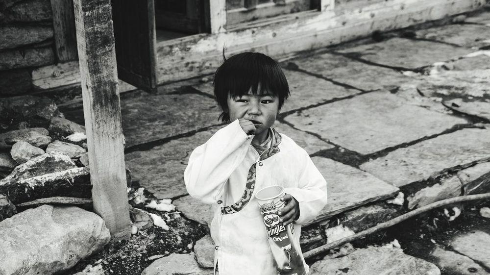 Nepal Manang Child Childhood Boys Sitting