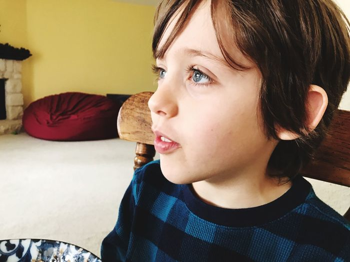 Thoughtful Casual Looking Away Blue Eyes Child Boy Indoors  One Person Real People Home Interior Headshot Lifestyles Portrait Close-up Childhood Day