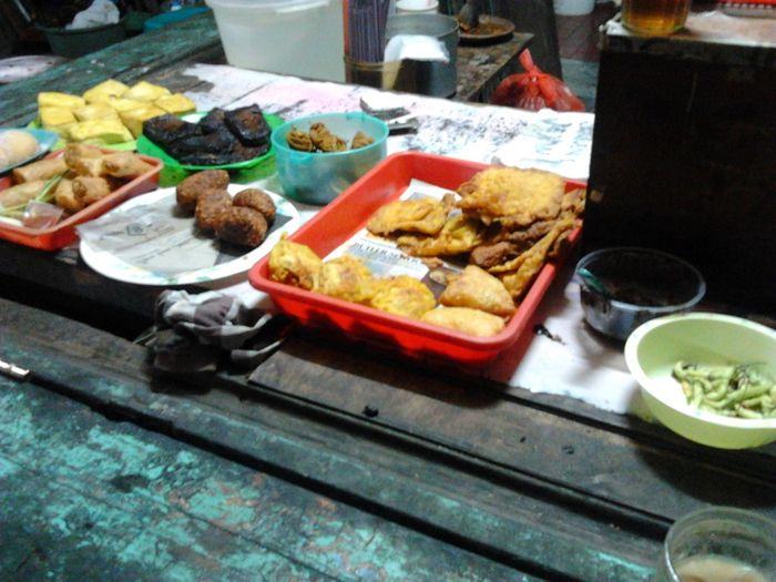 Traditional food + Coffee And Cigarettes