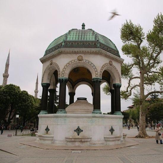 Istanbul Fatih Sultanahmet Almancesmesi neo bizanten architecture mimari history german fountain