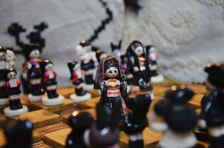 Cortes Apertas Oliena Autunno In Barbagia Sardegna Sardinia Scacchiera Scacchi Artigianali Costumi Tradizionali