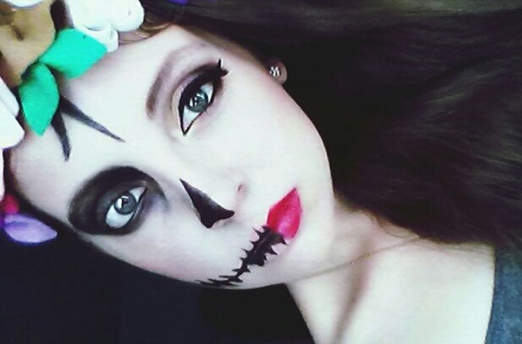 Mexico Traditions November Dayofthedead Taking Photos Colors That's Me Enjoying Life Check This Out Blue Eyes Pinklips