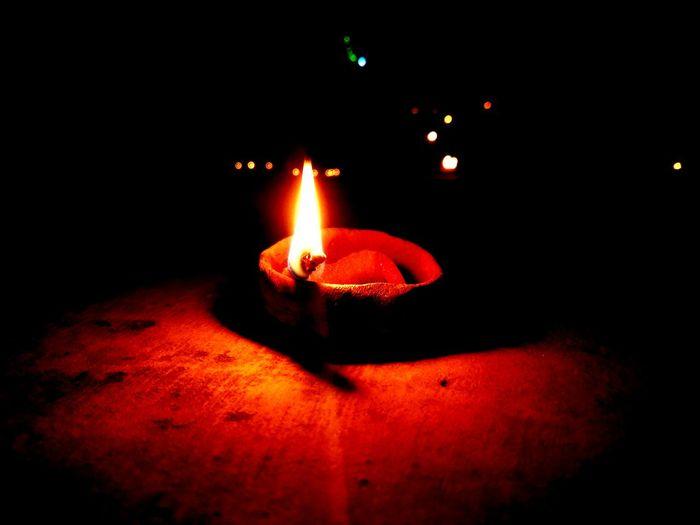 Flame Diya - Oil Lamp Cultures Night Traditional Festival Igniting Heat - Temperature Diwali Oil Lamp No People Illuminated Burning First Eyeem Photo