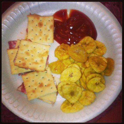 Late night snacking!!! Saltines Smokedgouda Cappicola Hummus sundriedtomatoes basil lash
