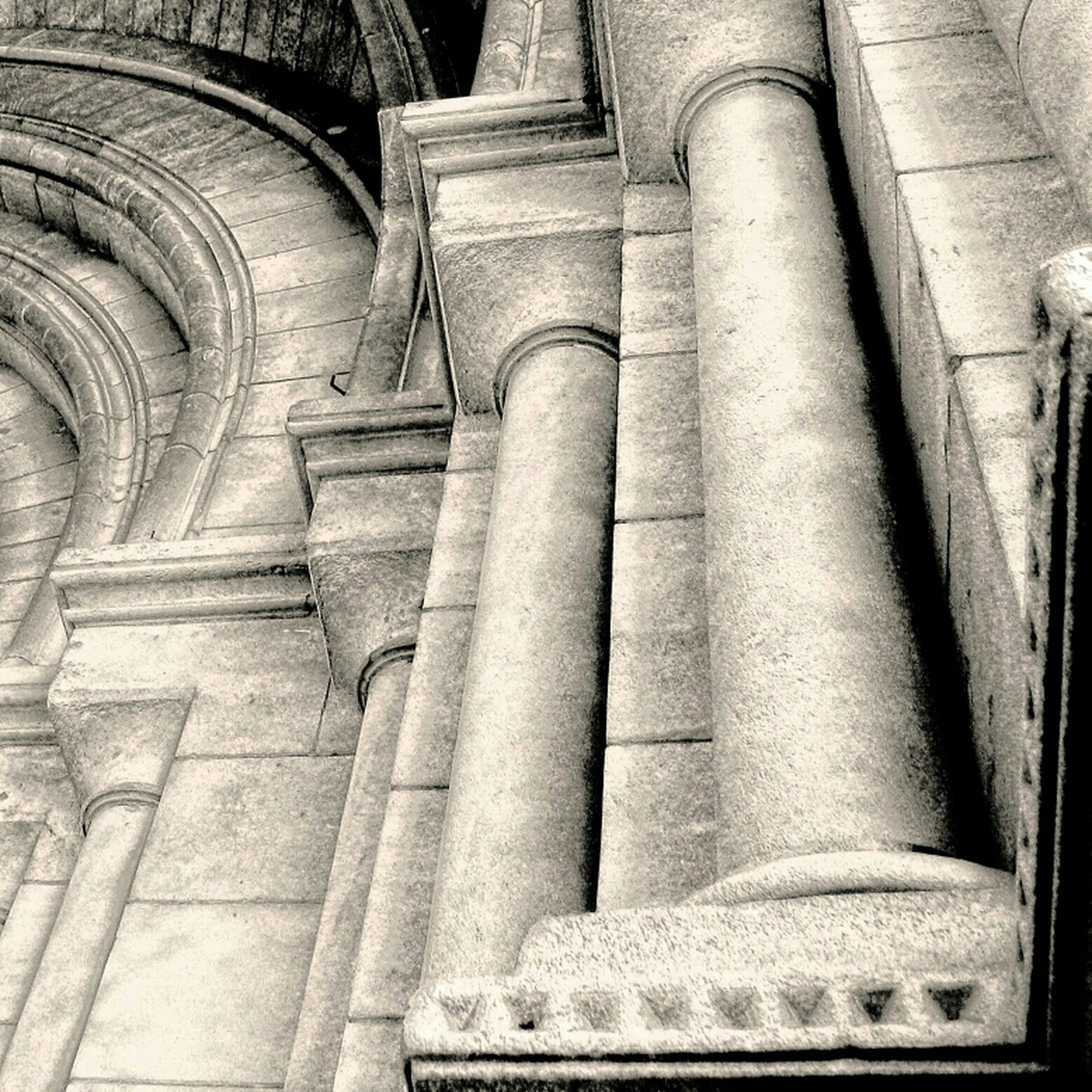 architecture, built structure, history, architectural column, column, indoors, old, low angle view, the past, ancient, famous place, religion, place of worship, old ruin, historic, arch, colonnade, travel destinations, ancient civilization, building exterior