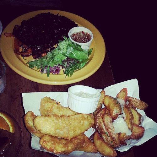 Our main dish Fishnchips and Porkribs @jyangsaw YumYum Monthsarydinner Oriolecafe July 2013 dining