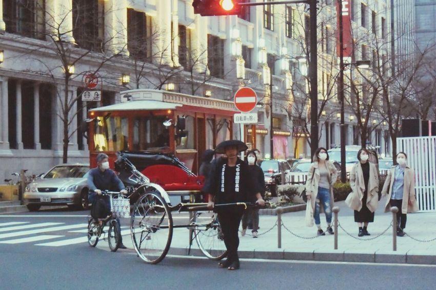 日本橋で見かけた人力車。 Japan Tokyo Days Street City People