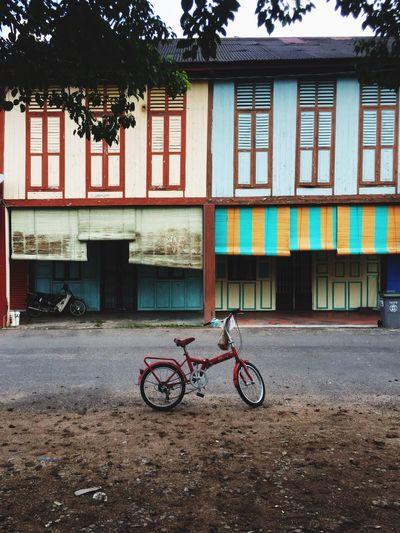 Kampung days Bekok Segamat Johor Downtown Kampung Kampunglife Bicycle Architecture Built Structure Building Exterior Transportation Mode Of Transport Day Land Vehicle No People Outdoors