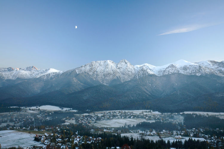 Citi Cold Temperature Giewont Landscape Moon Mountain Mountain Range Outdoors Poland Polen Scenics Snow Snowcapped Mountain Tatry Tatrymountains Town Valley Winter Zakopane