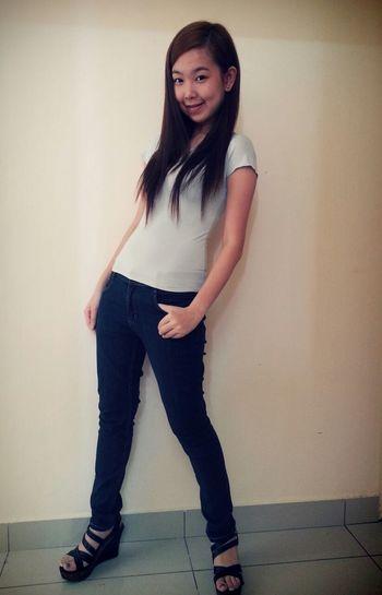 I'm Vanessa I'm Asian Girl ♥ Sigle Lifestyle Ootd original pic..no edit... it's not how good u r. it's is how good u want to b.. giv a likeeeeeeeee....thx u^_^