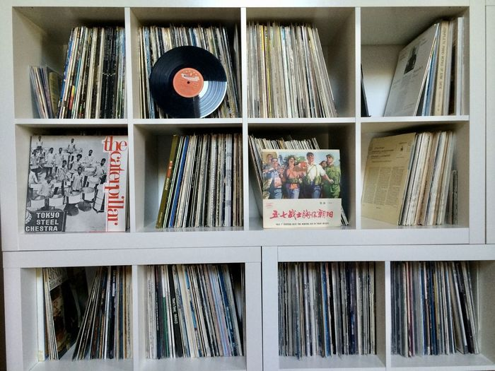 Vinyl Record Collection on white Shell / Schallplattensammlung im Regal Schallplatte Vinyl Records Vinylcollector Vinyl Records Indoors  No People Abundance Variation Still Life Music Collection