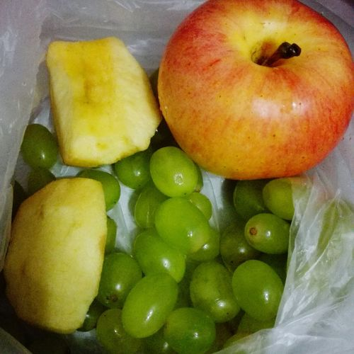 Mama send me fruit for work overtime. Fruits WorkTime!👊