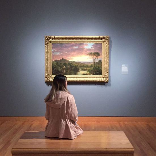 Seattle Museum Art Exhibition Glowing