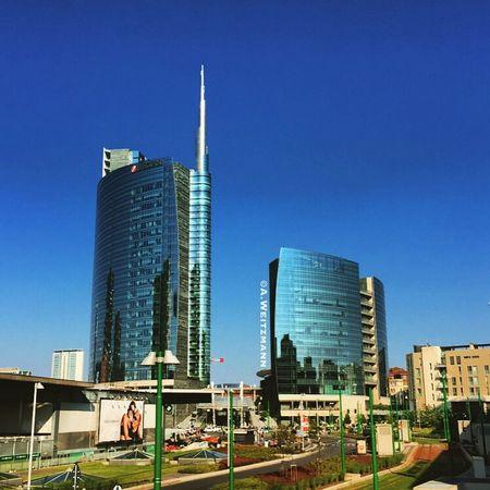 Architecture Architecturelovers City Life City View  City Milano Milanocity Milanoportanuova Skyscrapers