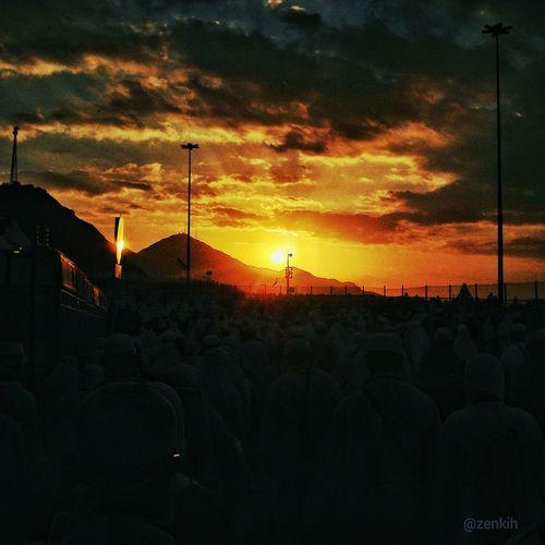 The hajj pilgrimage Hajj Pilgrimage Sunset Sky Mountain Mecca Sky Landscape Pocketcamera Travel