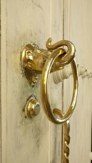 Door No People Gold Colored Close-up Uniqueness Door Knocker Door Door Knob Door Handle Doors With Stories Elephant Gold Luxury Doorknobitry Hannibal Ante Portas Hannibal