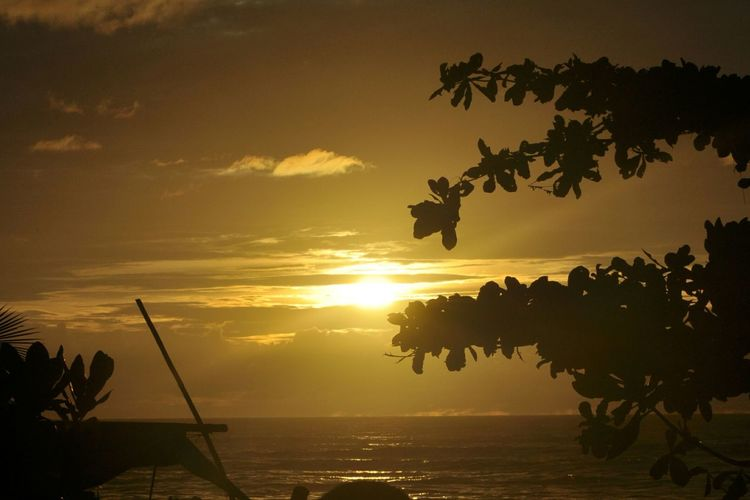 Sunset @anyer beach Sunset Silhouette Sea Nature Outdoors Vacations Beauty In Nature No People Nikon Nikond90 Nikonphotography Nikonphotographer NikonLife Nikonowner Nikonphotographers Nofilter