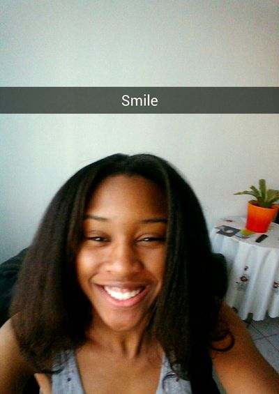 Smile That's Me Color Portrait Today's Hot Look Snapchat Xxdainaaxx