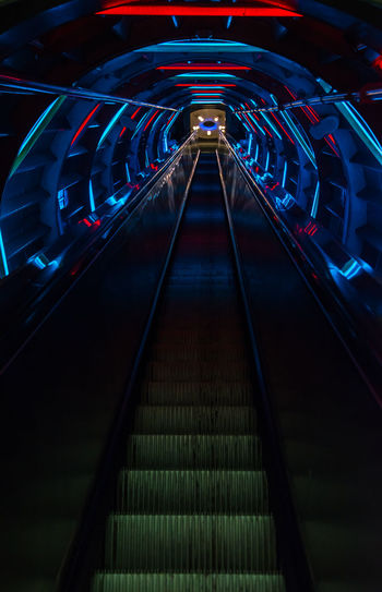 Illuminated Night Light Trail Speed No People Architecture Atomium Atomium.Belgique. Escalator Stairs Stairways Stairway Lights Awesome Lighting Tube