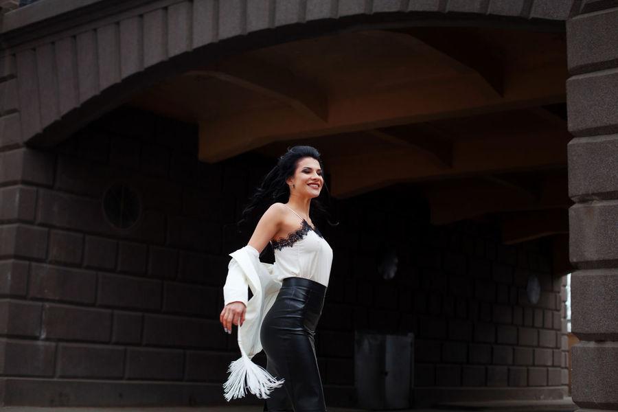 Beautiful Woman Beauty Bridge Cheerful City City Life Evening Evening Gown Fashion Fashion Photography Glamorous  Glamour Glamour Shots Glamourous Lifestyle Photography Lifestyles Motion Motion Capture Motion Photography Smile Smiling Street Photography Streetphotography Fashion Stories