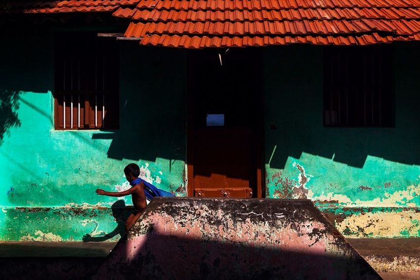 Feel The Journey India Kanyakumari Travel Photography Light And Shadow Childhood Fun Playing Street Photography