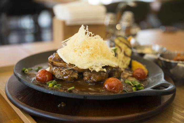 hamburger steak Close-up Day Focus On Foreground Food Food And Drink Freshness Hamburger Steak Healthy Eating Indoors  Indulgence No People Plate Ready-to-eat Serving Size Steak Table