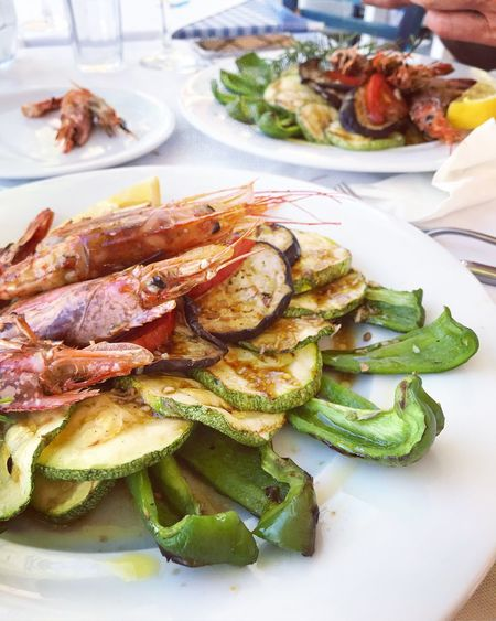 Seafoods Schrimp Food And Drink Food Plate Freshness Ready-to-eat Seafood Wellbeing Healthy Eating Serving Size Table Vegetable Grilled