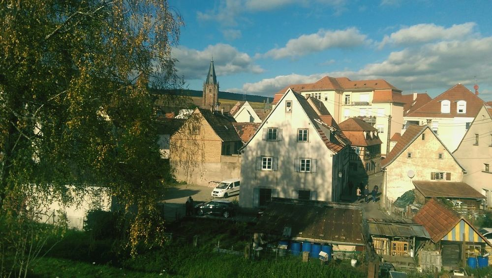 Chilling day in Alsace !! 10/2017 Architecture Outdoors France🇫🇷 Automn Comes Enjoying Life Art Of Life Jourférié Chilling ✌ Autumn Photograferlife Travel Destinations Travel Photography Sunnyday☀️ Alsace France Alsace Life