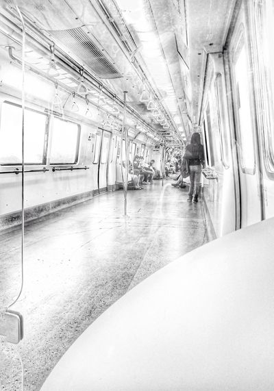 Light And Shadow Leisure Activity Transportation Public Transportation Mrt Transport Traveling Direction Singapore The Street Photographer - 2017 EyeEm Awards EyeEmNewHere