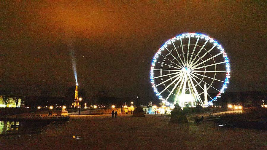 Ferris Wheel Pariswheel Paris ParisByNight The Eiffel Tower Tour Eiffel Traveling Postcardview Learn & Shoot: After Dark
