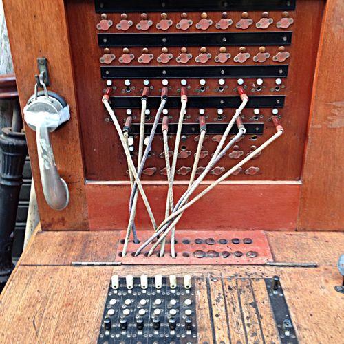 Ancêtre du téléphone Vintage IPhone Telephone Allo