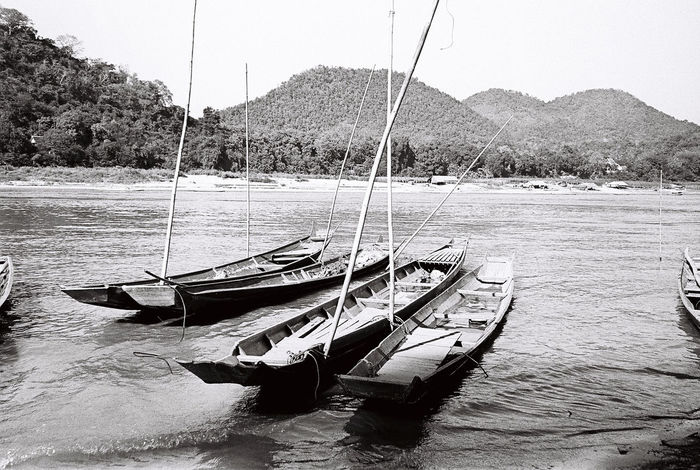 Backandwhite Boat Boats Day Film Film Photography Khong River LAO Laungprabang Lifestyles Relaxing Traval Travel Trip