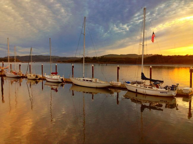 IPS2015Light Coos Bay Sunrise Golden Hour Sailboats Water Reflections Clouds Oregon 43 Golden Moments