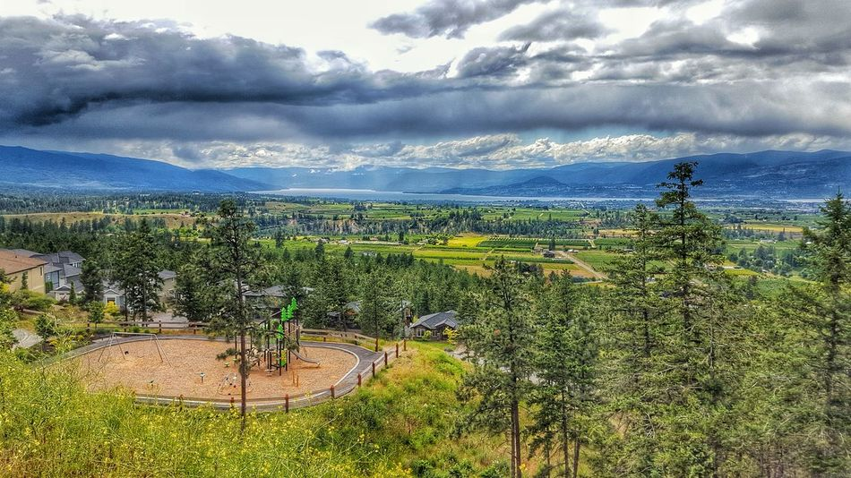 Nature True Beauty Landscapes Green Landscape Toweringabove Storm Natural Beauty Rich Colors Cloud - Sky First Eyeem Photo EyeEm Gallery Lake View Majestic Nature Mountain After The Rain EyeEm Best Shots - Nature City View  Cityscapes Eyeem Best Shots - Canada EyeEm Nature Lover Kelowna,BC Cloud Formations Clouds And Sky