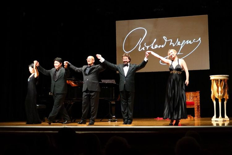 opera singers Artistic Director Theater Belloni Opera Singers Music Concert