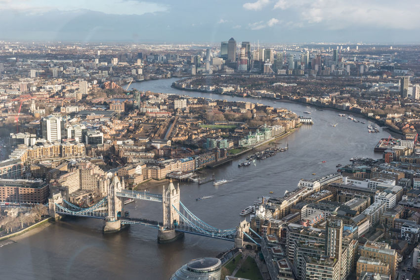Happy New Year everybody, may 2018 bring you even more love, laughter and happiness ❤🍹 Shard View From The Shard Tower Bridge  London River Thames Docklands England Canary Wharf Building Exterior