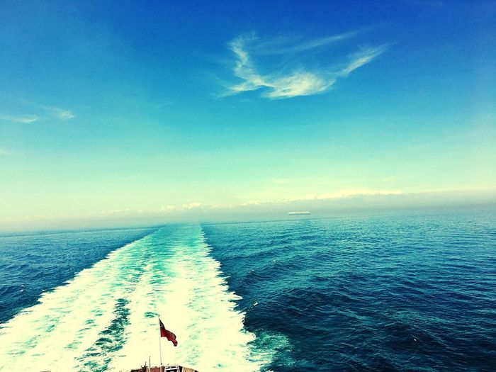 Sea Horizon Over Water Water Nature Beauty In Nature Real People Scenics One Person Day Leisure Activity Sky Outdoors Tranquility Tranquil Scene Wave Adventure Blue People
