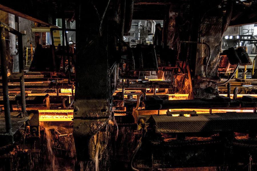 photos of steel making industry Egypt EyeEm Best Shots EyeEm Gallery EyeEmNewHere Hot Industry Light Reflection Beauty In Nature Blackandwhite Core Indoors  Making Material Molten Steel Photography Splash Steel Steel Pot