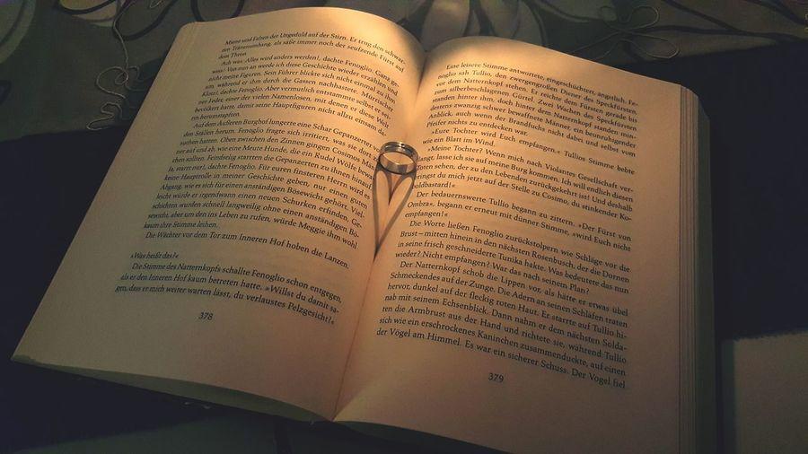 Book Open Text EyeEm EyeEmBestPics EyeEm Best Shots Eyeemphotography EyeEm Masterclass 2017 EyeEm Gallery First Eyeem Photo Herz Buch Heart Books Herz Im Buch Book With Heart Buch Mit Herz Romantic Romantisch Romantical Love Lovely Liebe ❤