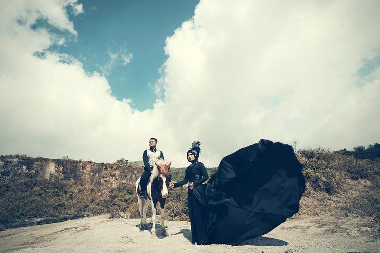 Photoworks Wedding #photography #prewedding Taking Photos Horse